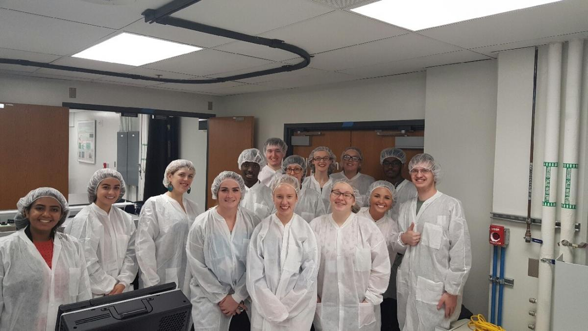 WoPhyS attendees in clean room gear